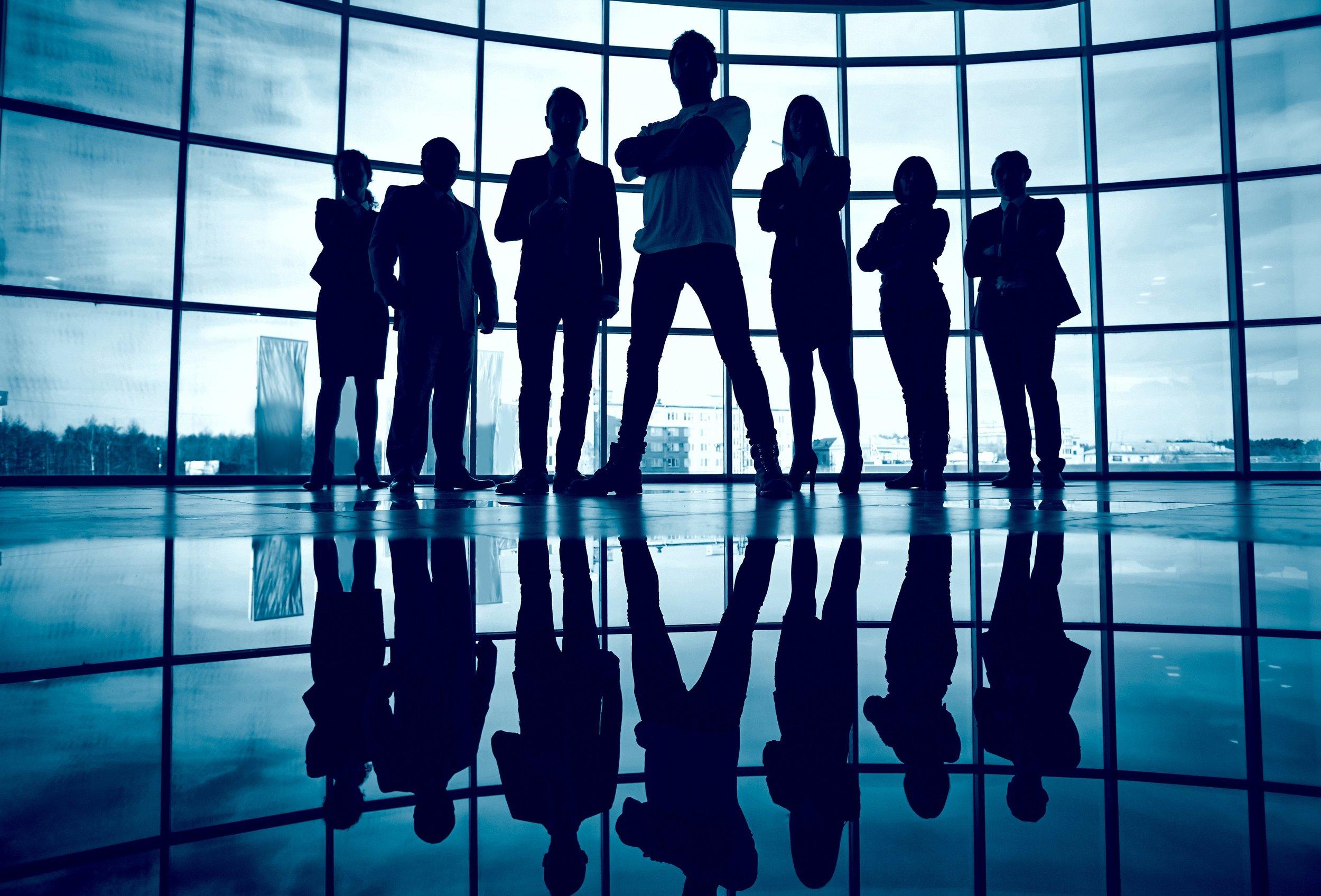 050800132-business-team